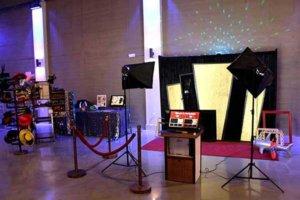 Red Carpet Art Deco Corporate Event In Kansas City